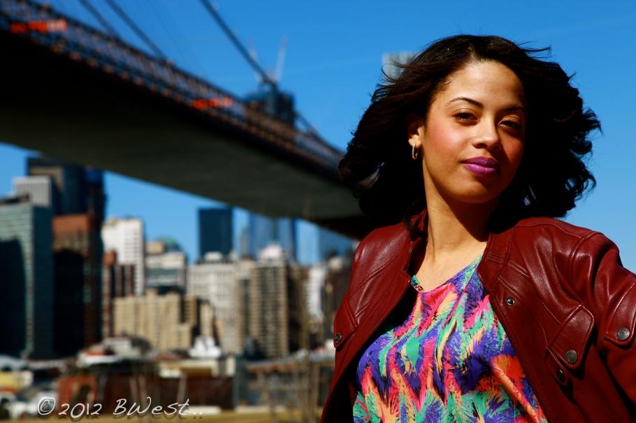 Woman Brooklyn Bridge, New York